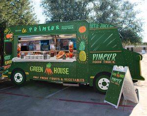 Food truck taille réelle pour Falcou traiteur