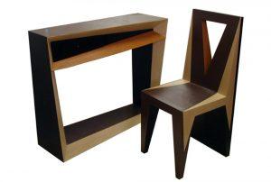 console et chaise en carton, mobilier sur mesure