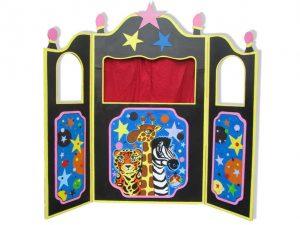 Théâtre de marionnettes en carton, création sur mesure