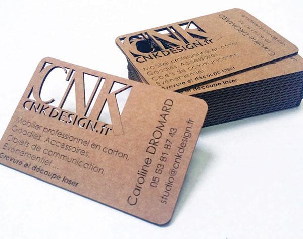 Cartes de visite en carton, Porte téléphone et lunettes en plexiglass gravure et découpe laser