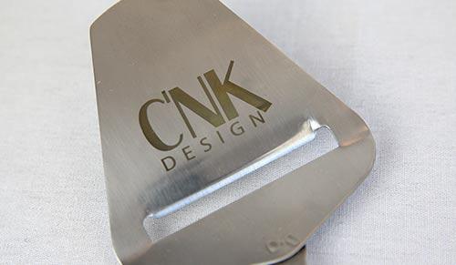 gravure laser sur spatule métal