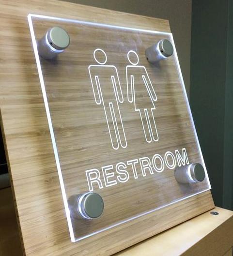 plaque Restroom, gravure plexiglas