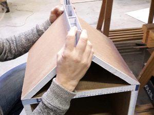Atelier loisir, création chevet bouteille de lait en cours de fabrication