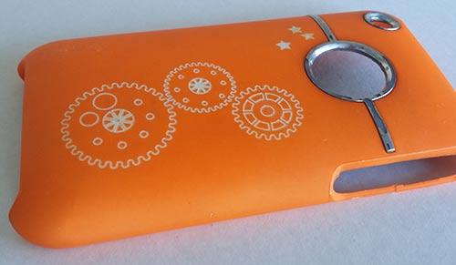 gravure au laser sur mesure d'une coque de téléphoner