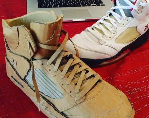Sneakers en carton fait main