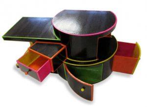 """meuble rangement en carton """"Croco-disco"""", création sur-mesure"""