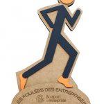 trophée en carton personnalisé au logo de l